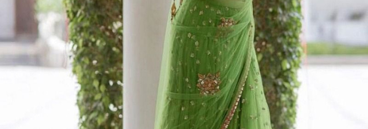 How to Get A Perfect Look With Party Wear Sarees?